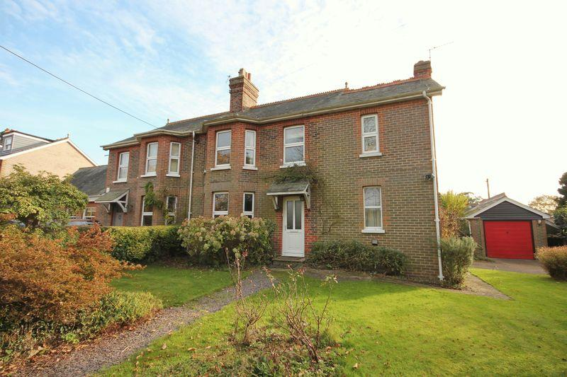 3 Bedrooms Semi Detached House for sale in Station Road, Horsted Keynes, West Sussex