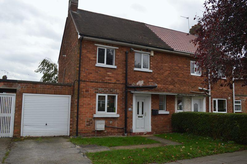 2 Bedrooms Semi Detached House for sale in Constable Avenue, Lincoln