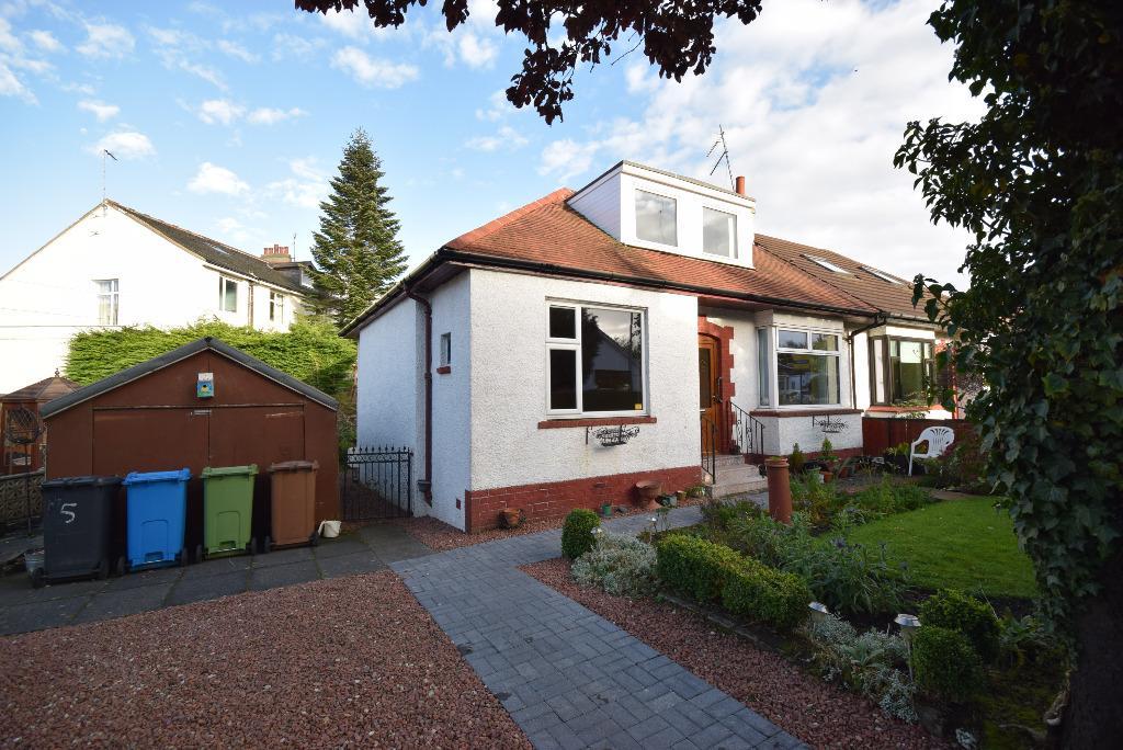 3 Bedrooms Semi Detached Bungalow for sale in Victoria Crescent , Clarkston , Glasgow, G76 8BP