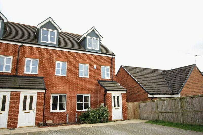 3 Bedrooms Town House for sale in Poppy Lane, Durham