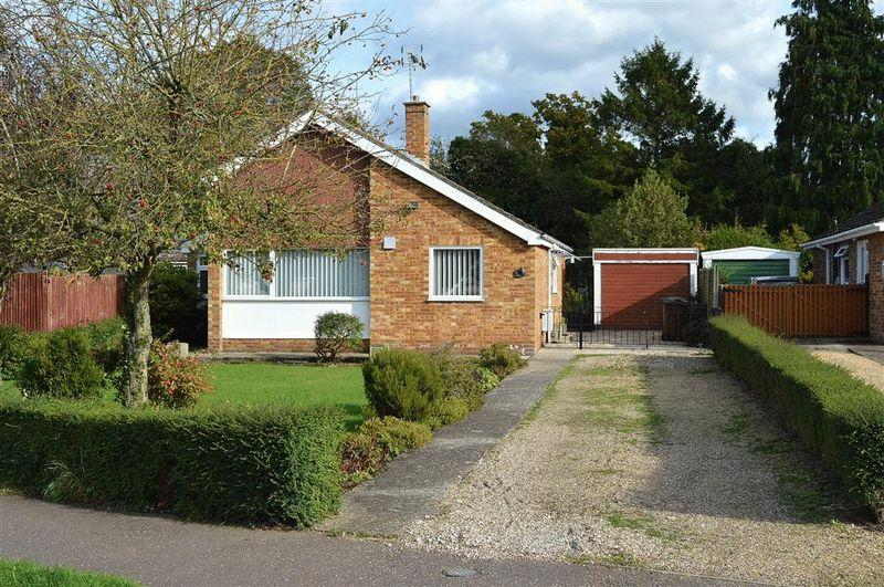 2 Bedrooms Detached Bungalow for sale in Wayland Avenue Watton