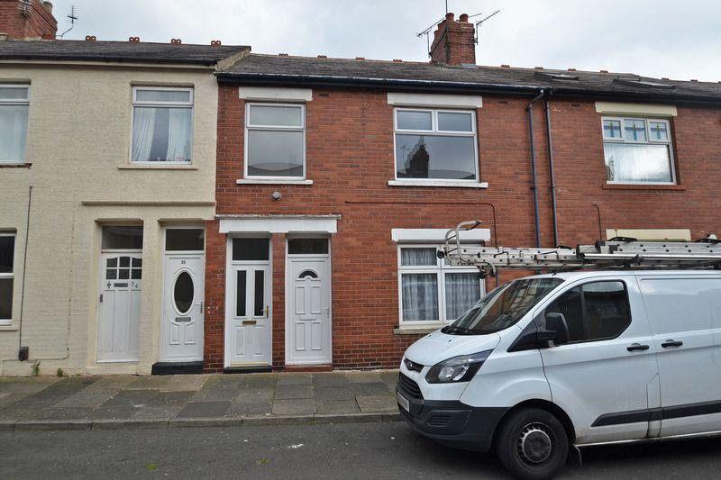 3 Bedrooms Apartment Flat for sale in Lilburn Street, North Shields