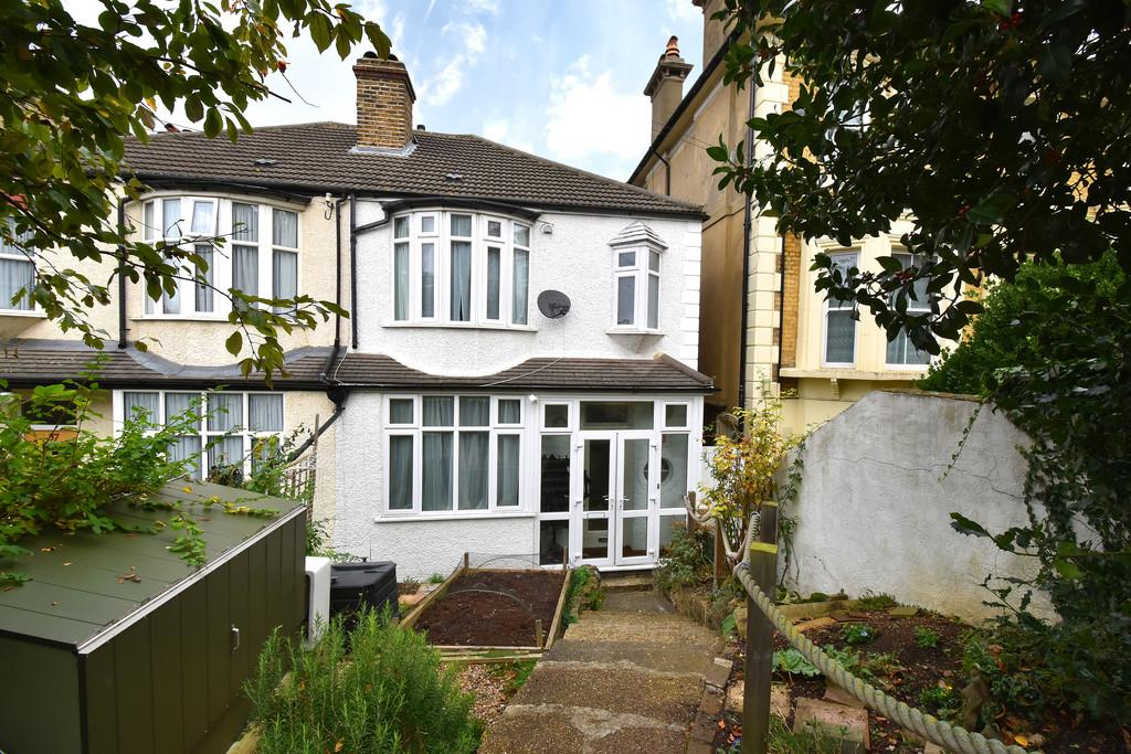 3 Bedrooms Semi Detached House for sale in Duncombe Hill SE23