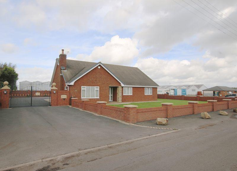 3 Bedrooms Bungalow for sale in Moss Lane, Tarleton