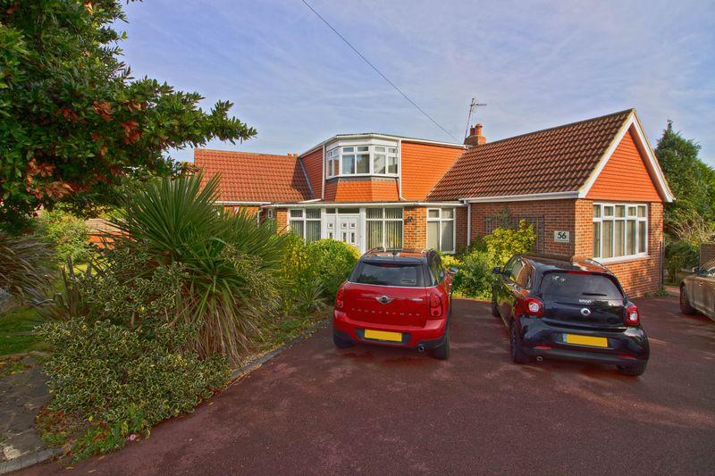 4 Bedrooms Detached House for sale in Mile Oak Road, Brighton