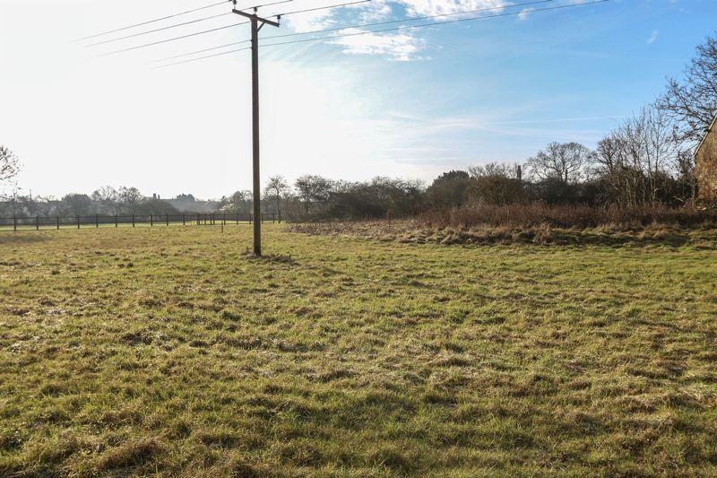 Land Commercial for sale in Bridge Road, Mepal