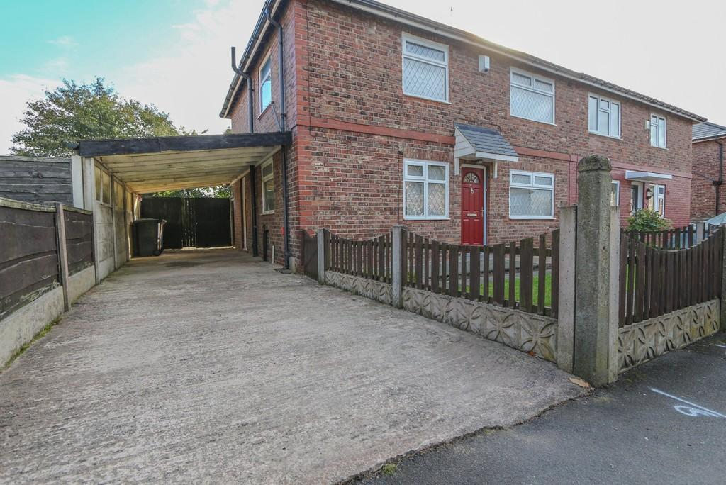 3 Bedrooms Semi Detached House for sale in 32 Victory Road Cadishead