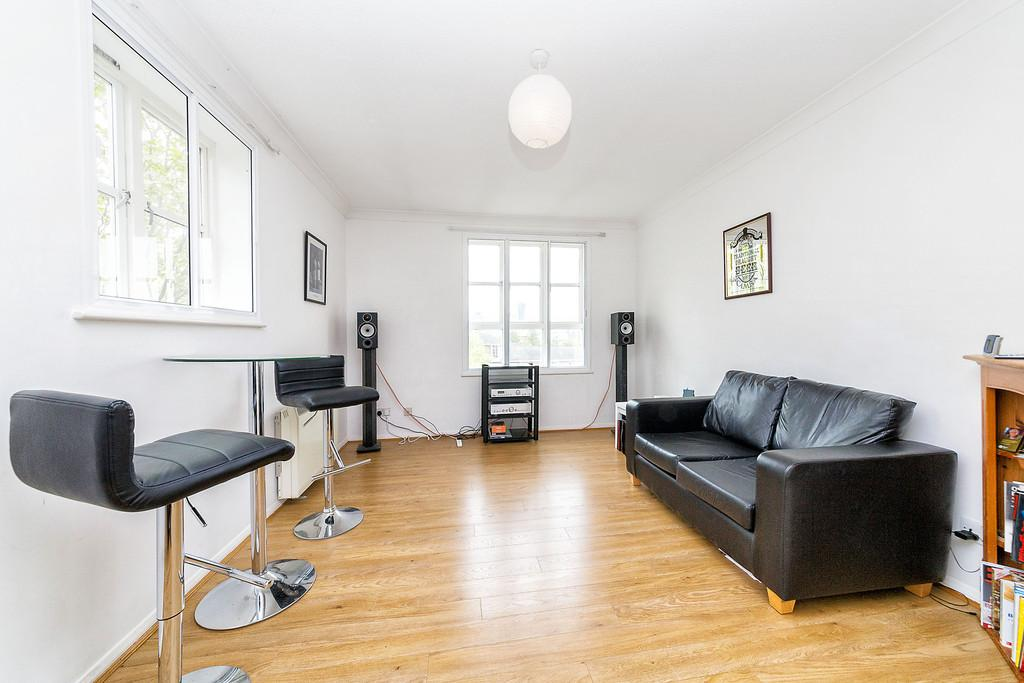 2 Bedrooms Apartment Flat for sale in Aland Court Surrey Quays SE16