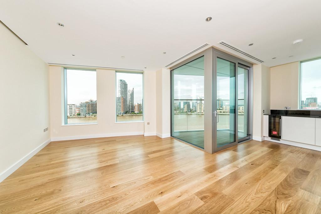 2 Bedrooms Apartment Flat for sale in Arora Tower Greenwich SE10