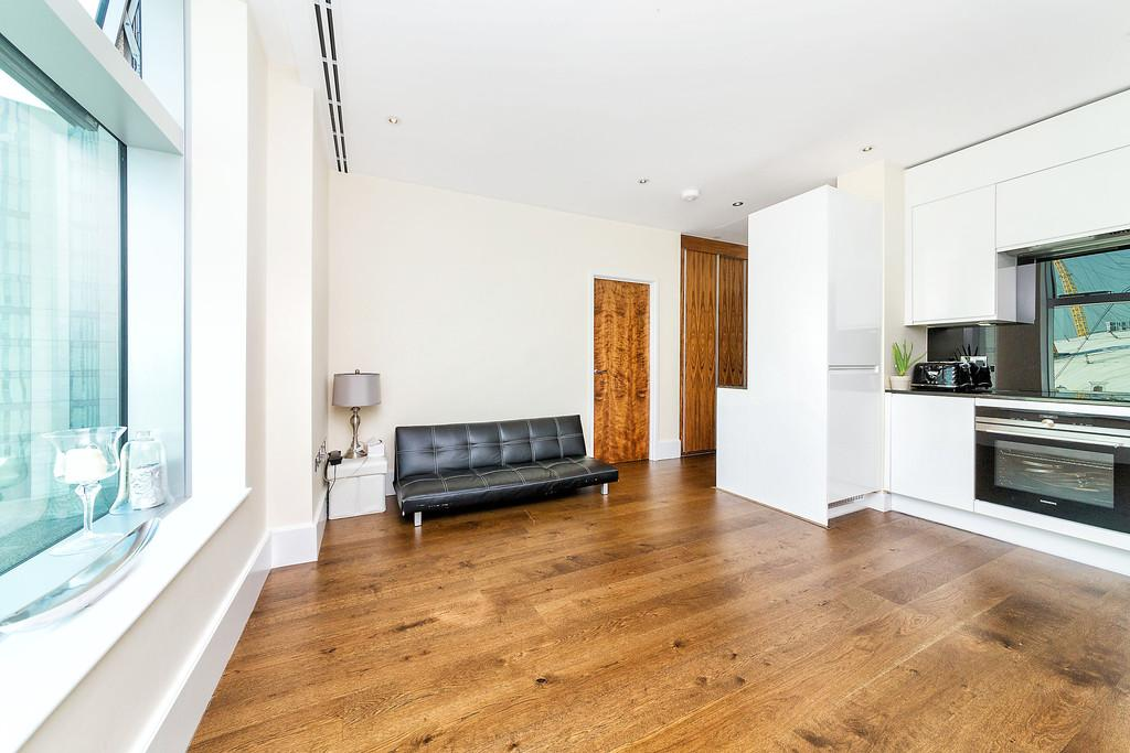 1 Bedroom Apartment Flat for sale in Arora Tower Greenwich SE10