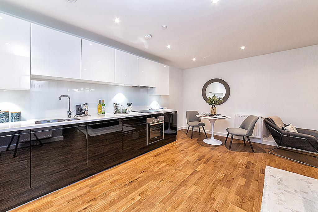 2 Bedrooms Apartment Flat for sale in Hallsville Quarter Canning Town E16