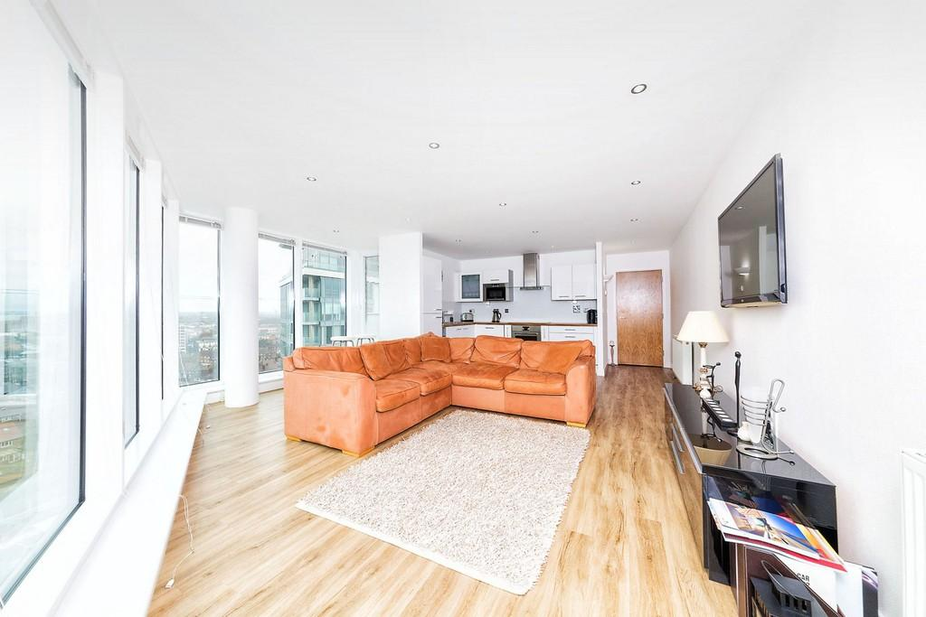 2 Bedrooms Apartment Flat for sale in Alaska Apartments Western Gateway E16