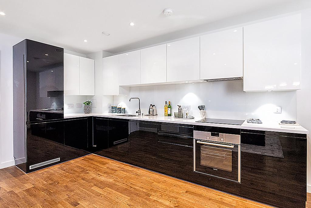 1 Bedroom Apartment Flat for sale in Hallsville Quarter Canning Town E16