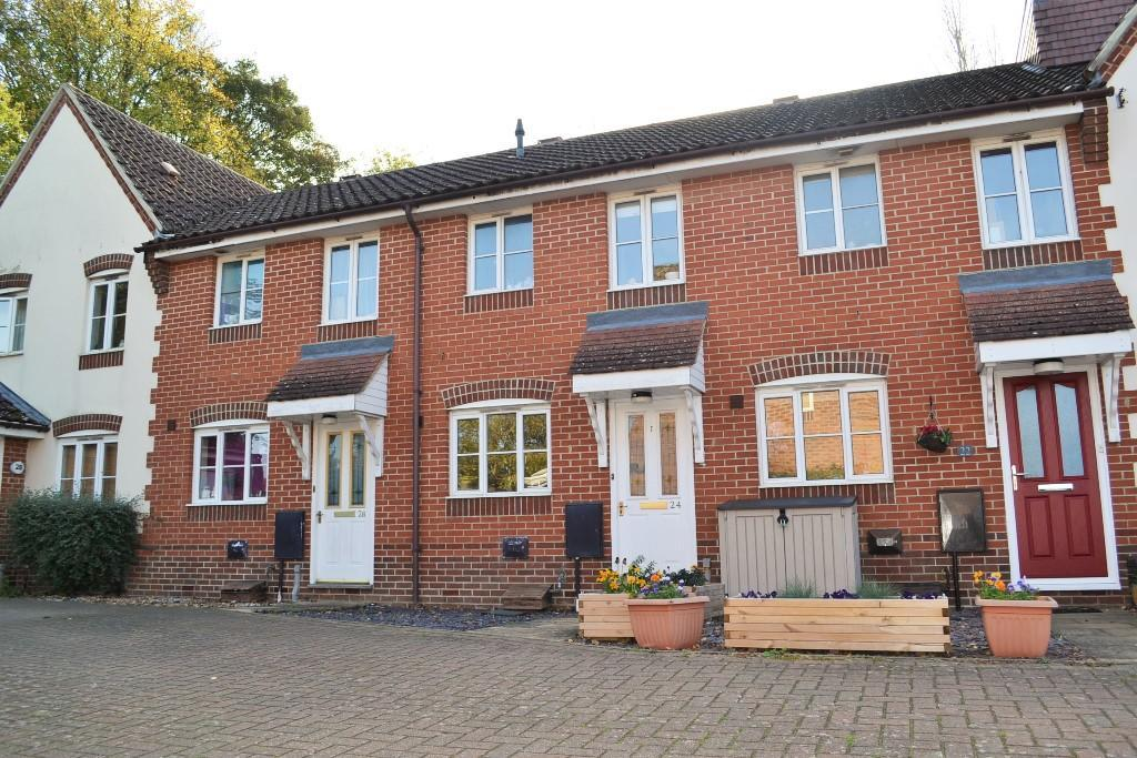 2 Bedrooms Terraced House for sale in Walton Close, CB7
