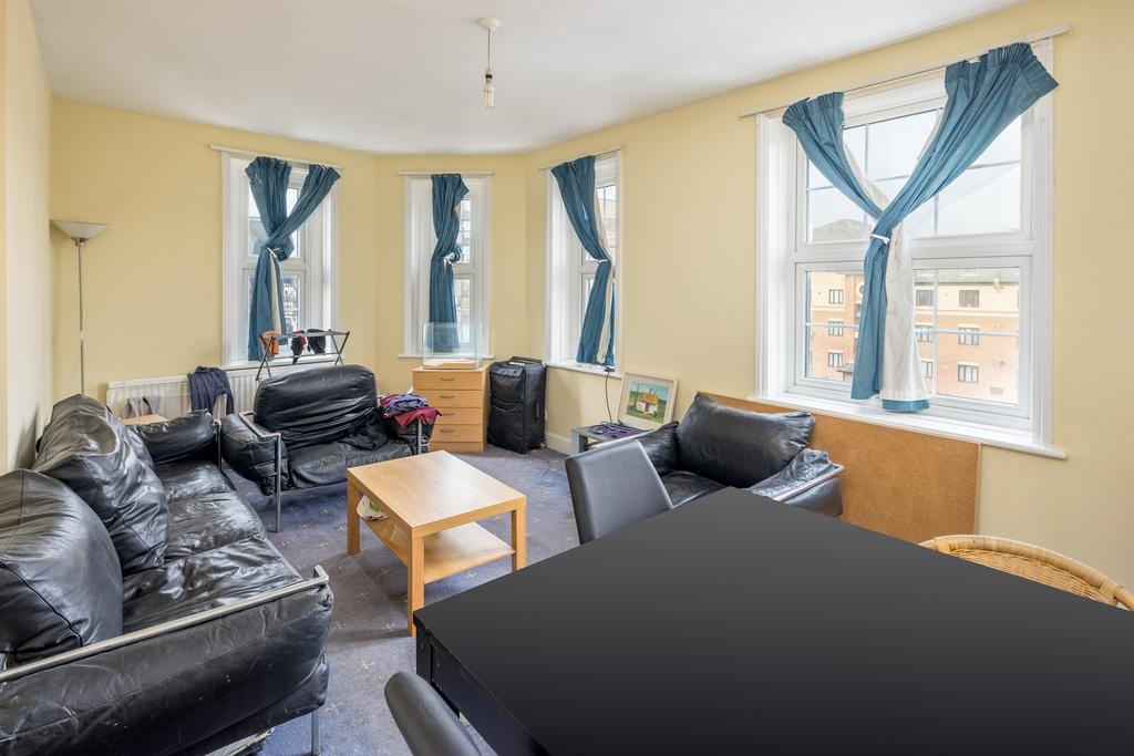 4 Bedrooms Flat for sale in Willesden Lane, London