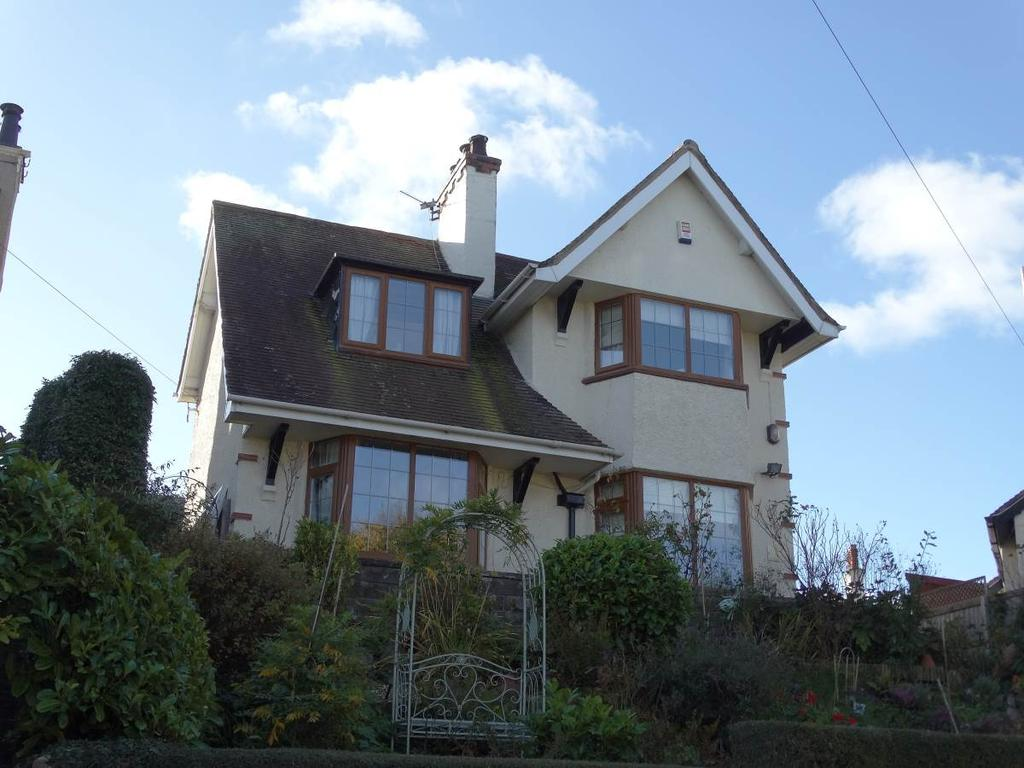 3 Bedrooms Detached House for sale in 6 Penrhos Road, Rhos On Sea, LL28 4DB
