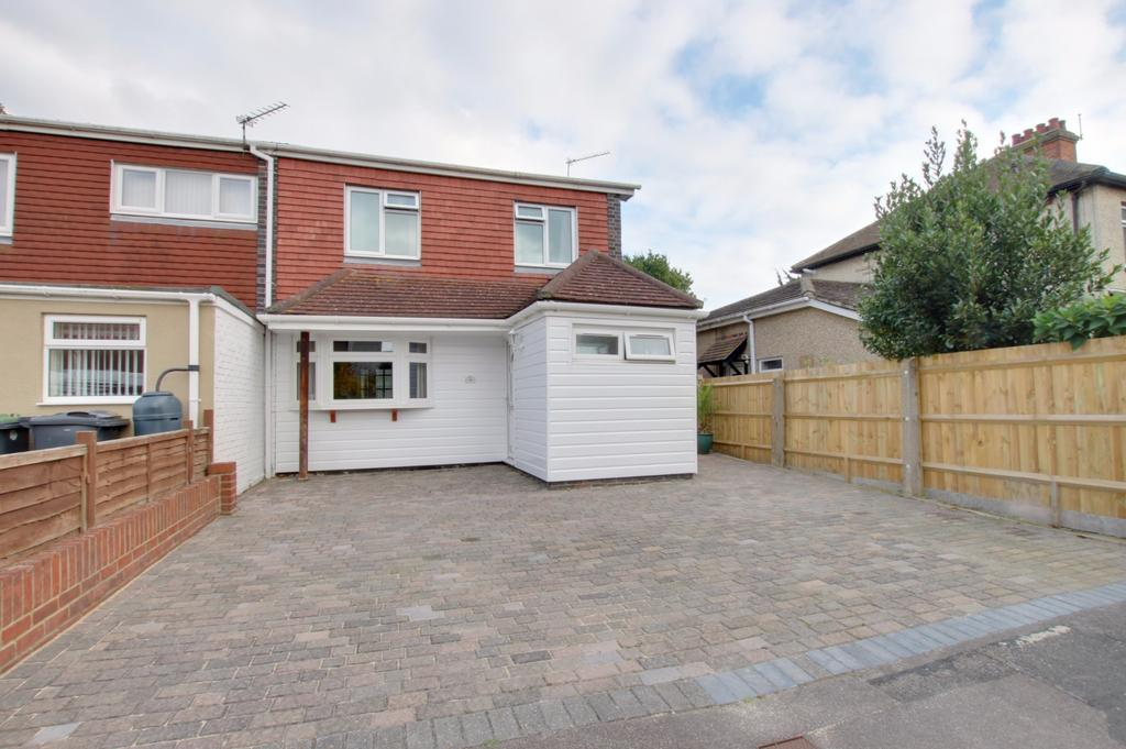 3 Bedrooms End Of Terrace House for sale in Havant