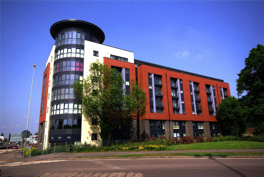 1 Bedroom Apartment Flat for sale in Flanders Court, 12-14 St. Albans Road, Watford, Hertfordshire, WD17