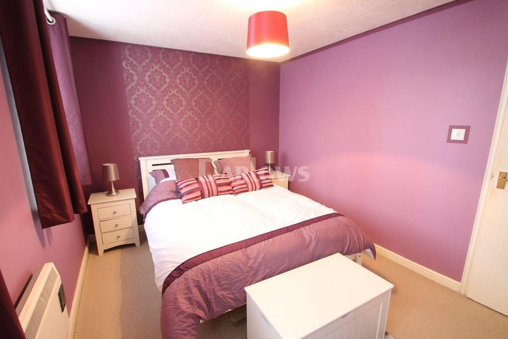 1 Bedroom Flat for sale in Glan Rhymni, Windsor Village, Cardiff