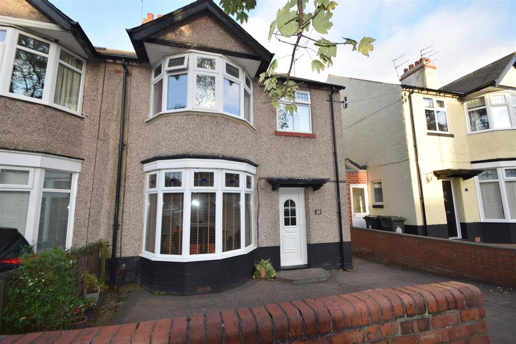 3 Bedrooms Semi Detached House for sale in Hazeldene, Monkseaton