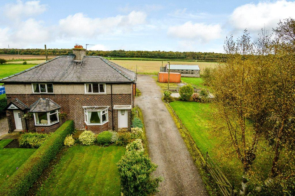 3 Bedrooms Semi Detached House for sale in Lathom, Ormskirk, Lancashire