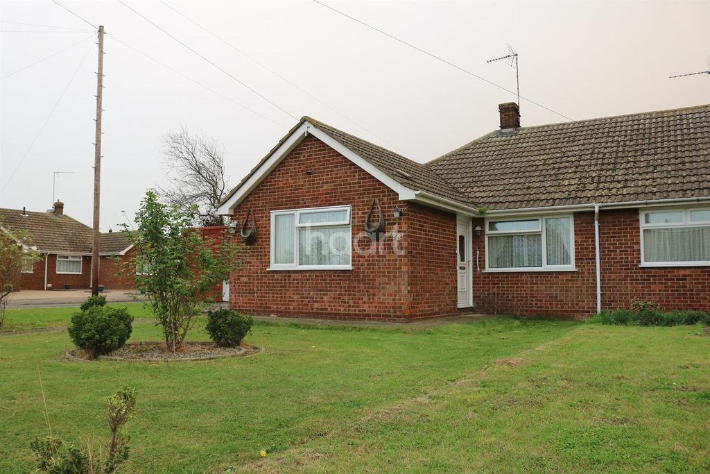 3 Bedrooms Bungalow for sale in Foxley Road, Queenborough