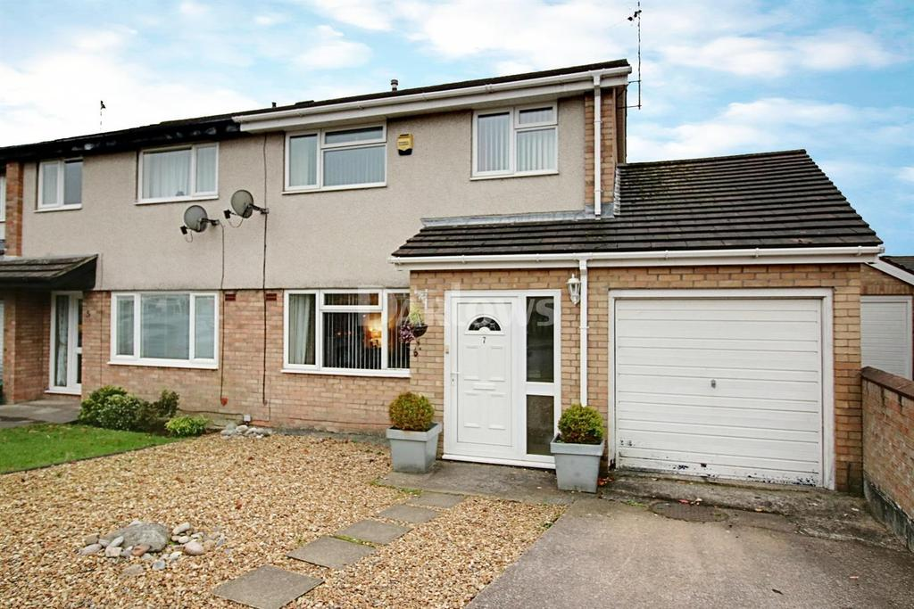 3 Bedrooms Semi Detached House for sale in Coed-Y-Llinos, Glenfields, Caerphilly