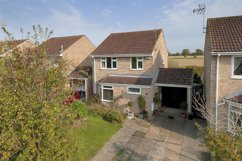 3 Bedrooms Detached House for sale in Dimmock Close, Paddock Wood