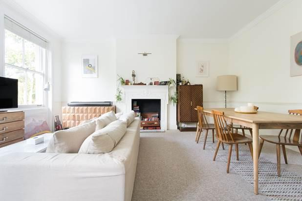 2 Bedrooms Flat for sale in Randolph Crescent, London, W9