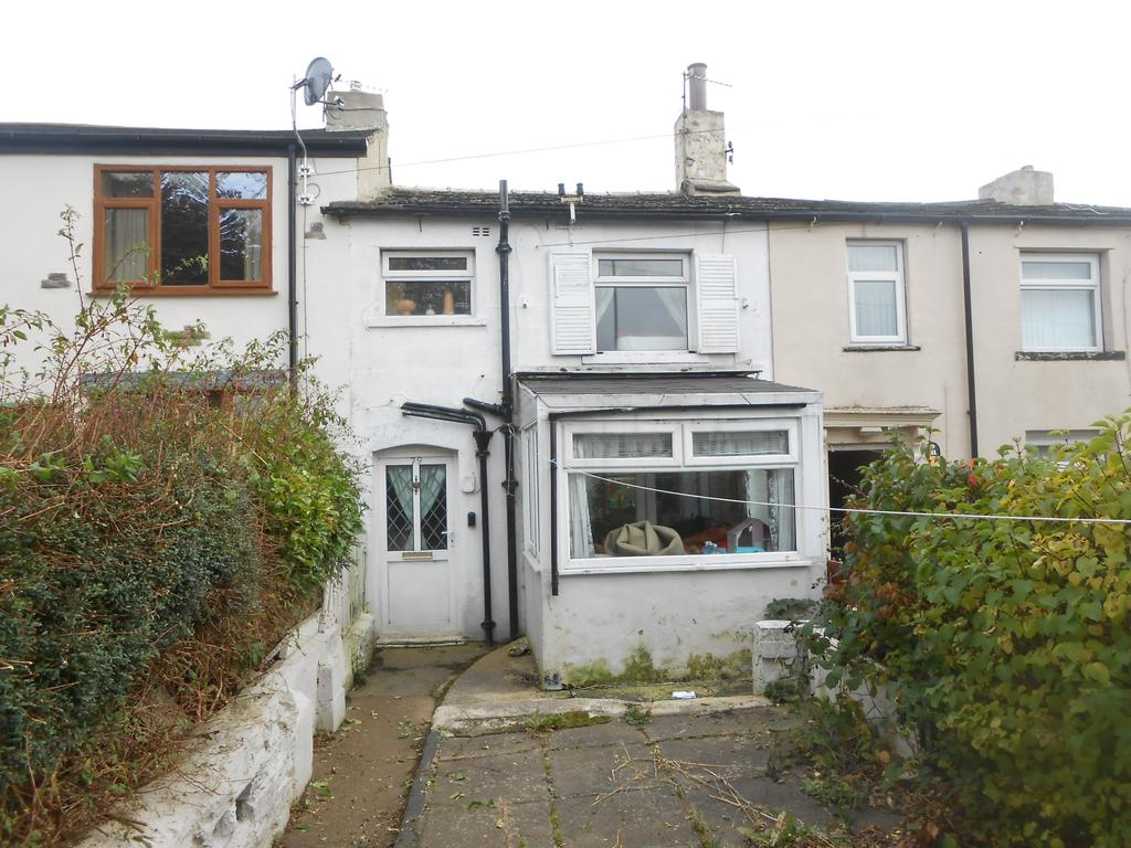 2 Bedrooms Cottage House for sale in Bierley Lane , Bradford BD4