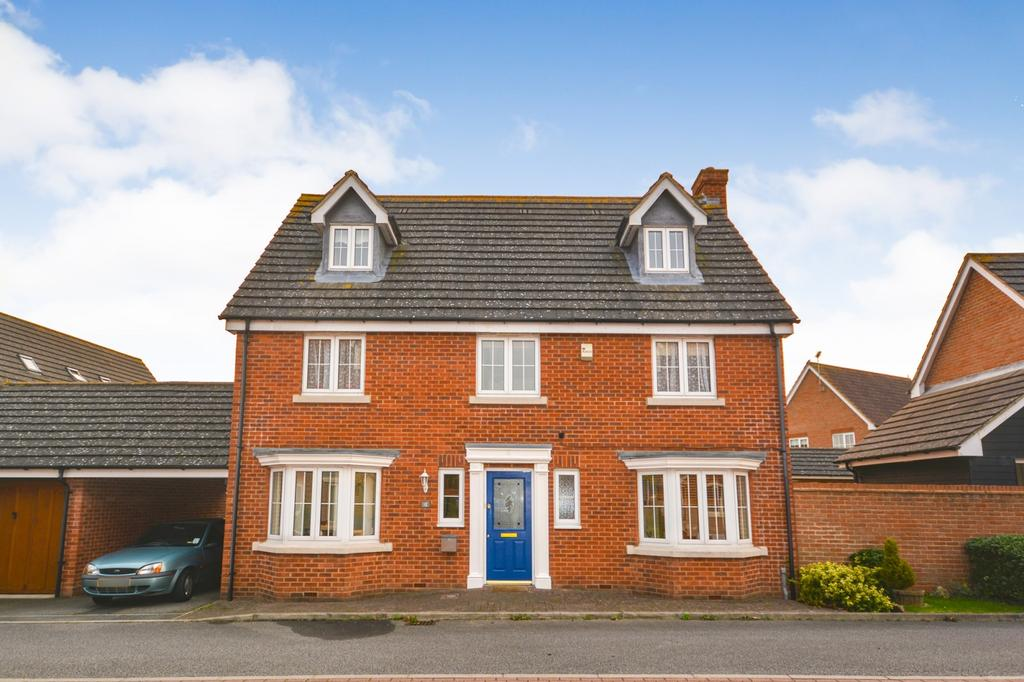5 Bedrooms Detached House for sale in Thresher Rise, Braintree, Essex, CM77