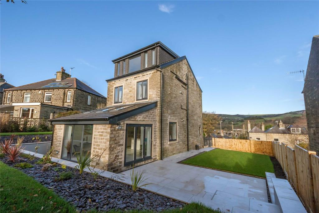 4 Bedrooms Detached House for sale in Gordon Street, Slaithwaite, Huddersfield, West Yorkshire, HD7