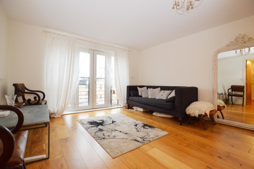 2 Bedrooms Flat for sale in St. Georges Way Peckham SE15