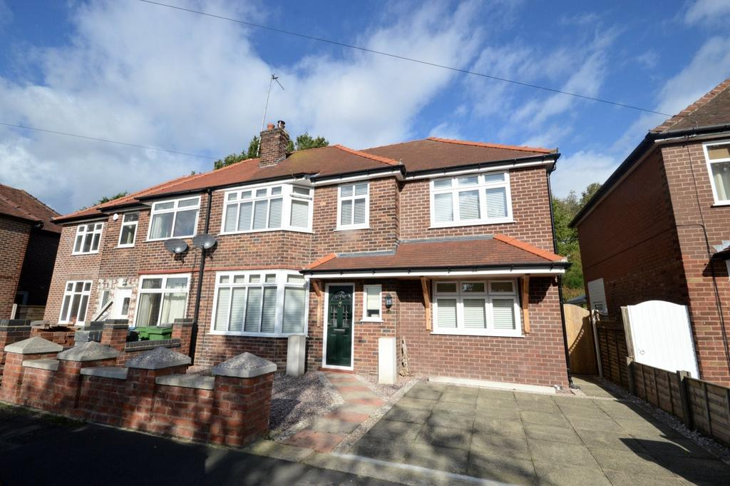 3 Bedrooms Semi Detached House for sale in Springfield Avenue, Grappenhall, Warrington