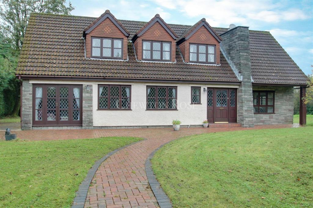 4 Bedrooms Detached House for sale in Upper Church Village, Pontypridd