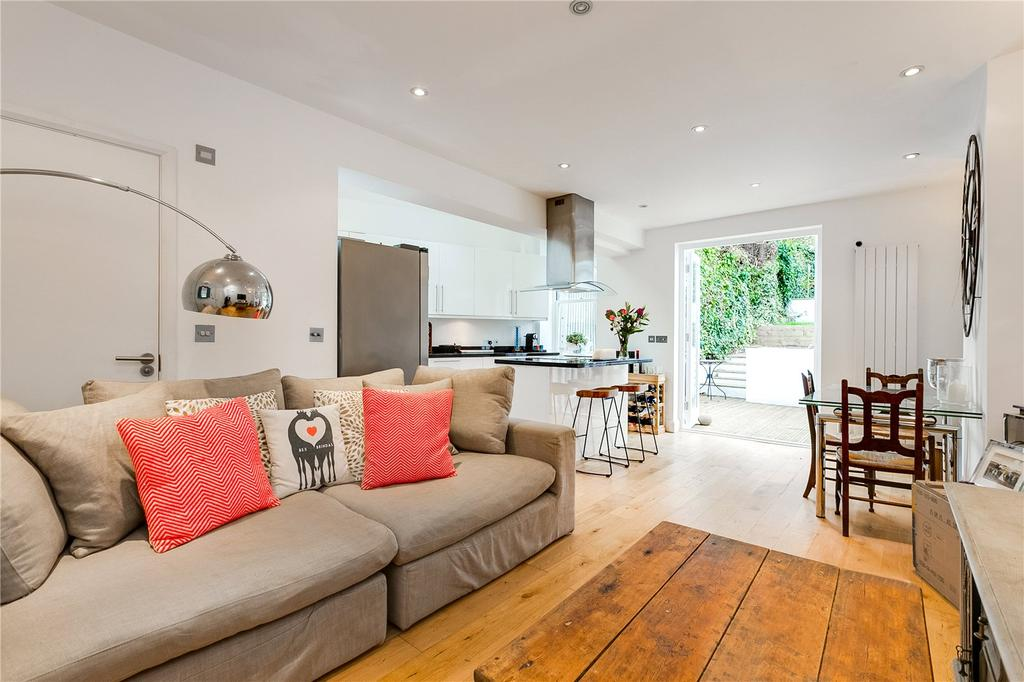 2 Bedrooms Flat for sale in East Hill, Wandsworth, London