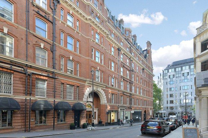 1 Bedroom Apartment Flat for sale in Berkeley House, 15 Hay Hill, London, W1J