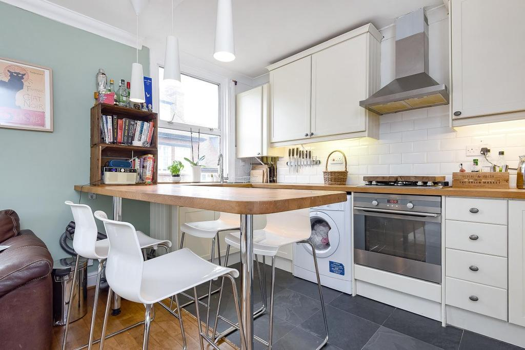 2 Bedrooms Flat for sale in Somers Road, Brixton