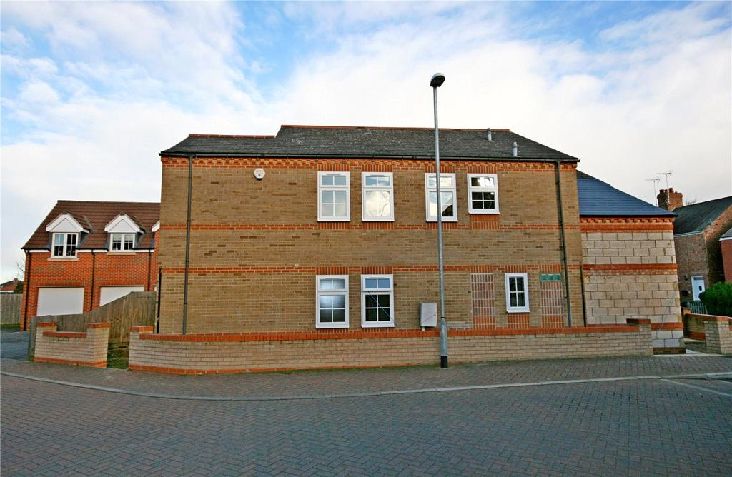 2 Bedrooms Flat for sale in Stroud Close, Bourne, PE10