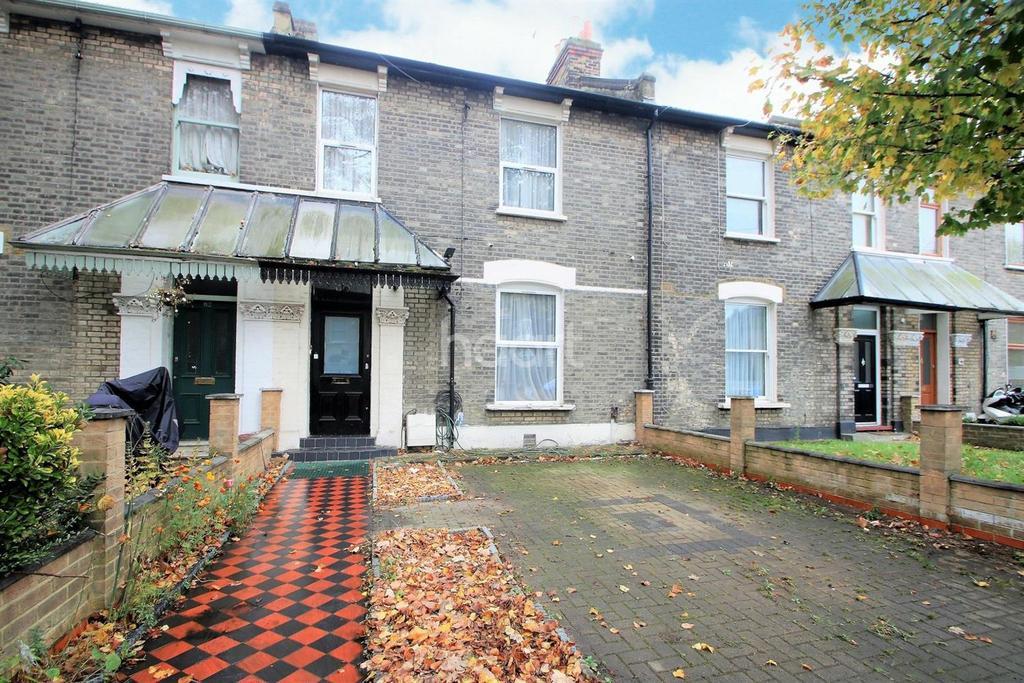 4 Bedrooms Terraced House for sale in Osborne Road, London, E7