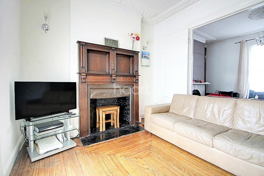 4 Bedrooms Terraced House for sale in Osborne Road, Forest Gate, London, E7