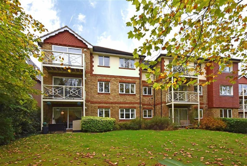 2 Bedrooms Flat for sale in Westmoreland Road, Bromley, Kent