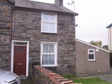 1 Bedroom End Of Terrace House for sale in Lloches, 1a Osmond Terrace, Penrhyndeudraeth LL48