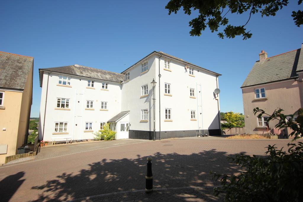 2 Bedrooms Flat for rent in Kingsbridge