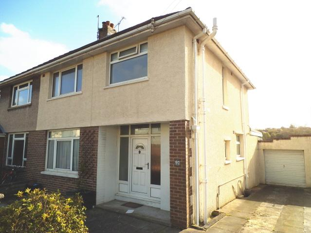3 Bedrooms Semi Detached House for sale in Parkfields Road, Bridgend CF31