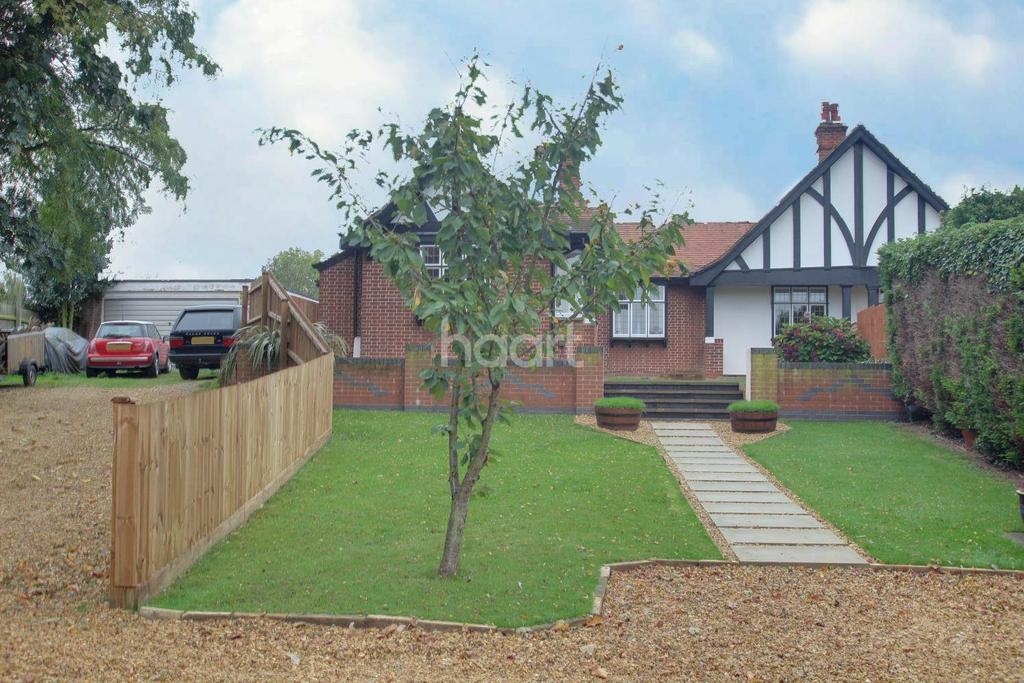 3 Bedrooms Bungalow for sale in Eye Road, Peterborough