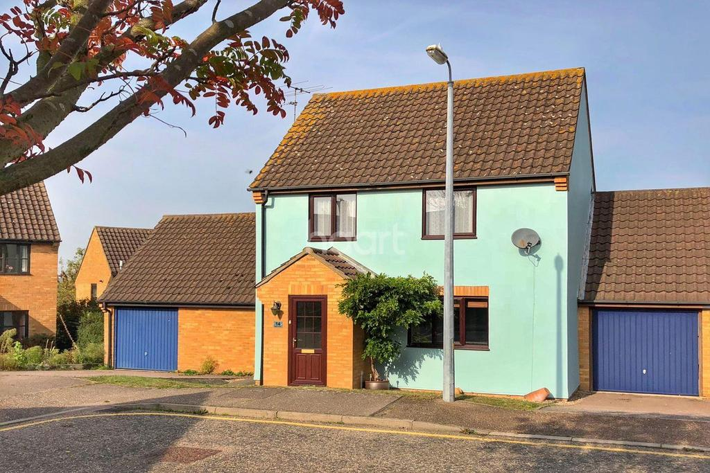 3 Bedrooms Detached House for sale in Dixon Close, Lawford, Manningtree, Essex