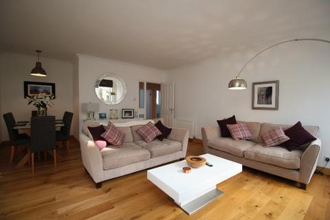 2 bedroom flat to rent - Fettes Row, New Town, Edinburgh, EH3 6RL