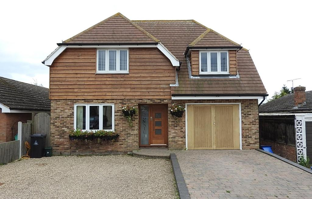 4 Bedrooms Detached House for sale in High View, St. Lawrence