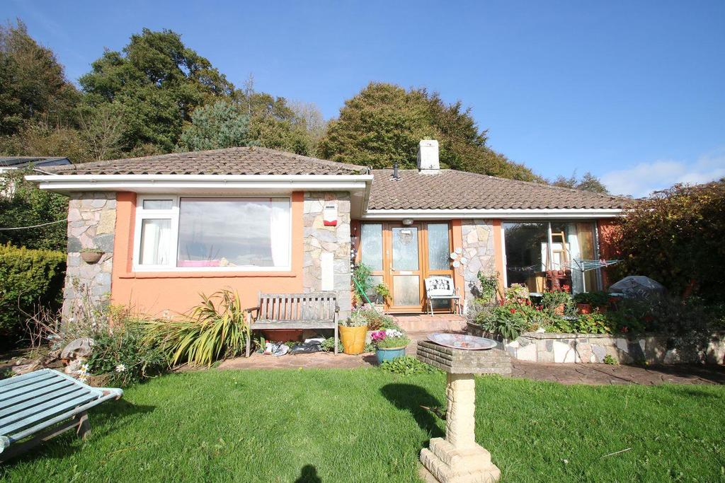 2 Bedrooms Bungalow for sale in Seymour Drive, Torquay